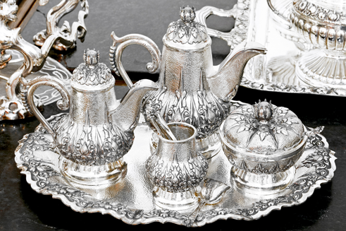 A Sterling silverware tea set - sterling silver flatware