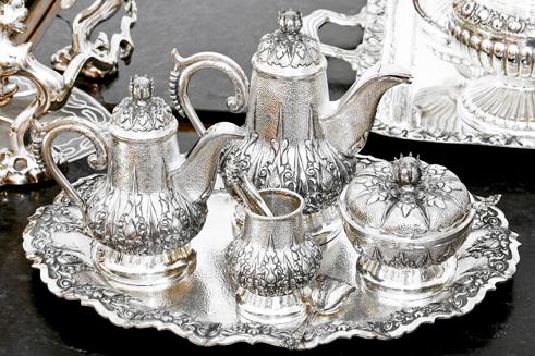 A Sterling silverware tea set - sterling silver flatware